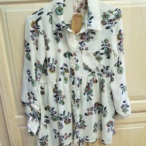 Floral print chiffon button down tunic
